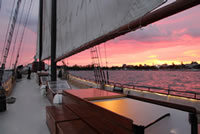 evening-dinner-cruise-sunset